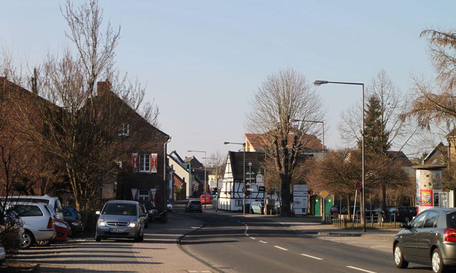 Neusser Straße in Fuhlingen