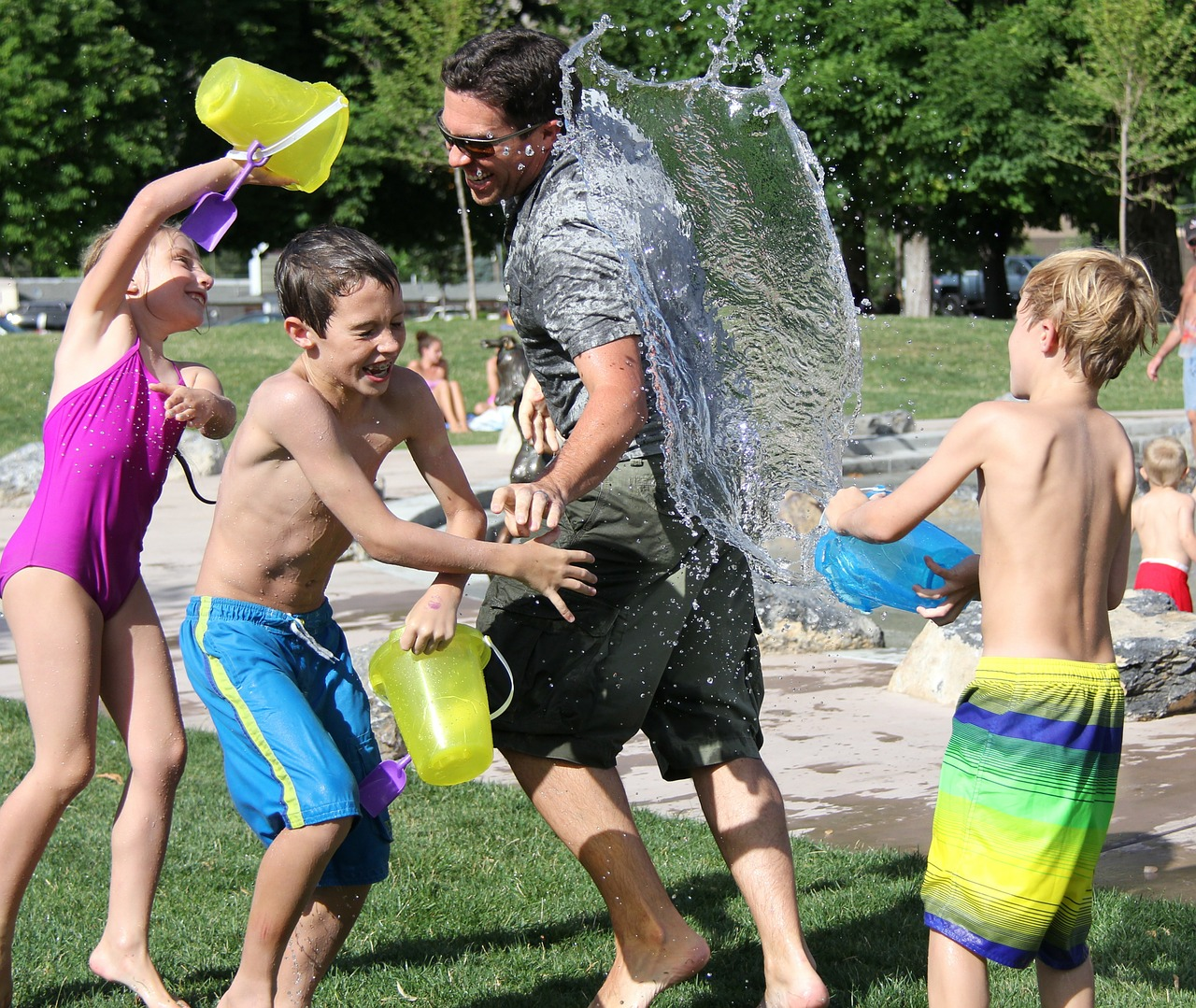 water-fight-442257 1280