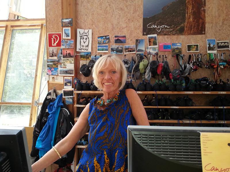 Stefanie Bettmann an ihrem Arbeitsplatz in Canyon