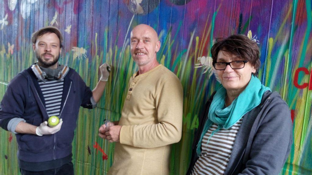 Die Künstler Wolfgang Sturm, Jo Pellenz und Renée Reißenweber haben den Kindern das nötige Handwerk beigebracht.
