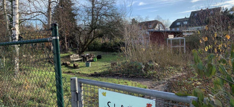 HMG-Öko-Schulgarten mit neuem Schild